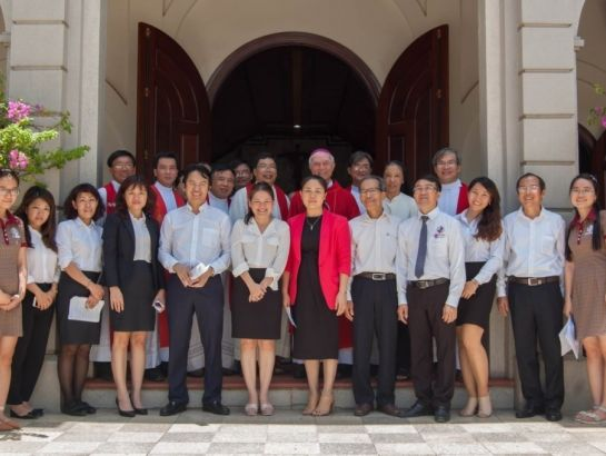 Bishop Joshep Dinh Duc Dao visited UK Academy on August, 30th, 2016 and had a conversation with the management and students