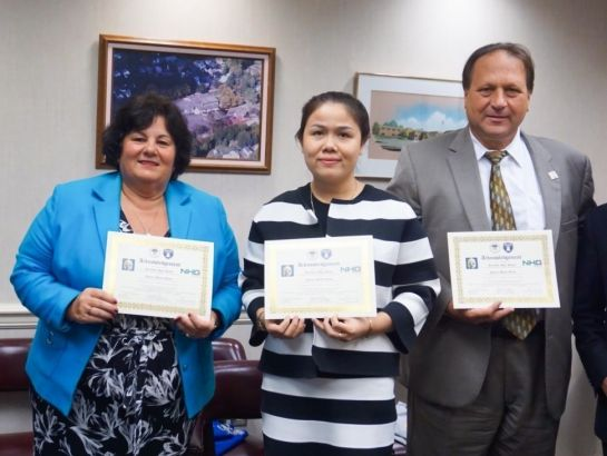 Mrs. Hoang Nguyen Thu Thao, CEO of NHG, Mr. Mark Ferrara, Greenville Superintended and Mrs. Cecilia H.Yauger, CEO of ASG signed an MOU for NHG – Greenville High School – NSG to become sister institutions