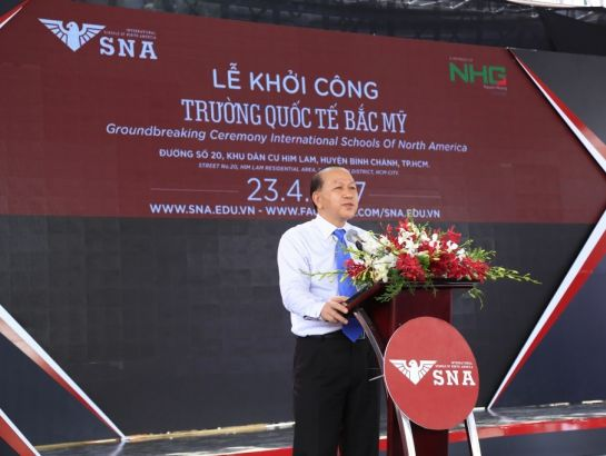 Associate Prof., Dr. Ha Huu Phuc, Central Department Head, Director of MOET Southern region representative office attending the groundbreaking ceremony