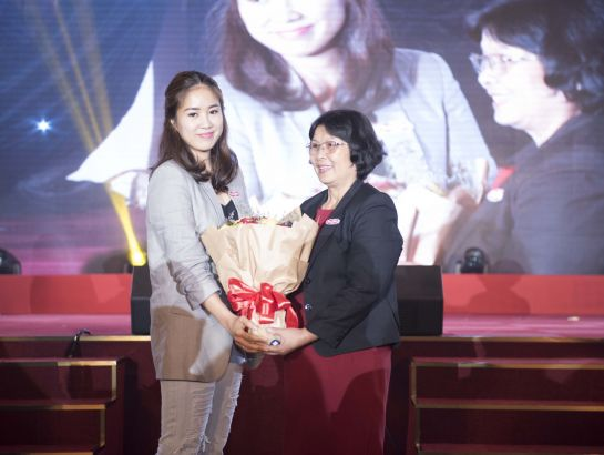Actor Le Phuong – parents of Ca Phao, who is studying at iSchool, delivered appreciation words to the System for creating a perfect education environment for her child.