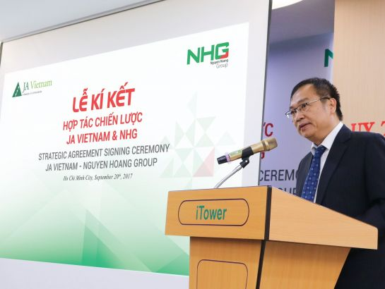 """I believe this agreement will start for the long and strong collaboration between NHG and JA Vietnam, together to create good values for young generations in NHG's education system and all over Vietnam"", said Dr. Dinh Quang Nuong, Deputy CEO of NHG at the event"
