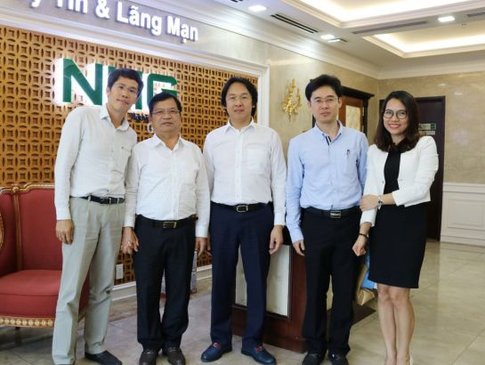 Mr. Le Viet Chu – Member of Central Committee of the Communist Party, Secretary of Provincial Party Committee, Head of the National Assembly delegation on the visit to NHG.