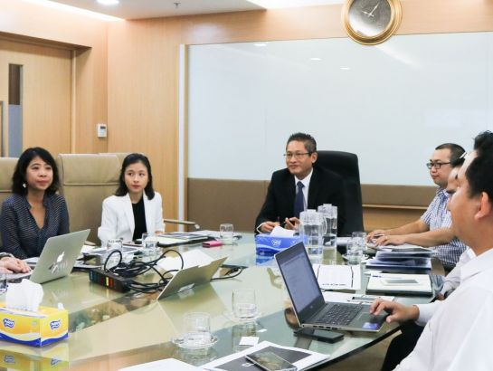 Mr. Vu Minh Tri - NHG Deputy CEO appreciated the Claned model and affirmed Nguyen Hoang Group's orientation in promoting Artificial Intelligence to optimize teaching & learning experience and effect,  as well as to improve the effectiveness of the quality management in whole education system (September, 12, 2017)