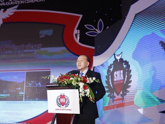 Dr. Ha Huu Phuc - Director of the Ministry of Education and Training's Representative Office in Ho Chi Minh City made speech at the ceremony
