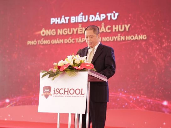 On behalf of Nguyen Hoang Group, Mr. Nguyen Khac Huy – Deputy CEO committed that iSchool Quang Tri would carry out its mission properly, creating a humanistic and quality learning environment, contributing to creating brave global citizens who are always ready for international integration