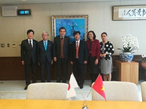 January 1, 2018, Hiroshima University, Hong Bang University (HIU) continued to sign MOU 3 + 1 program