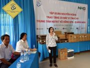 Ms. Nguyen Thi Thu Ha, Director of the center giving a thank-you speech to Nguyen Hoang Group