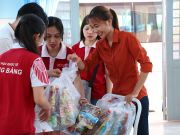 HIU students giving gifts for children and elderly people at Can Gio district